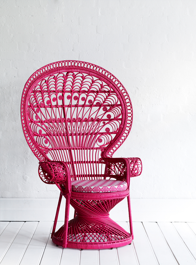 79ideas_pink_chairs