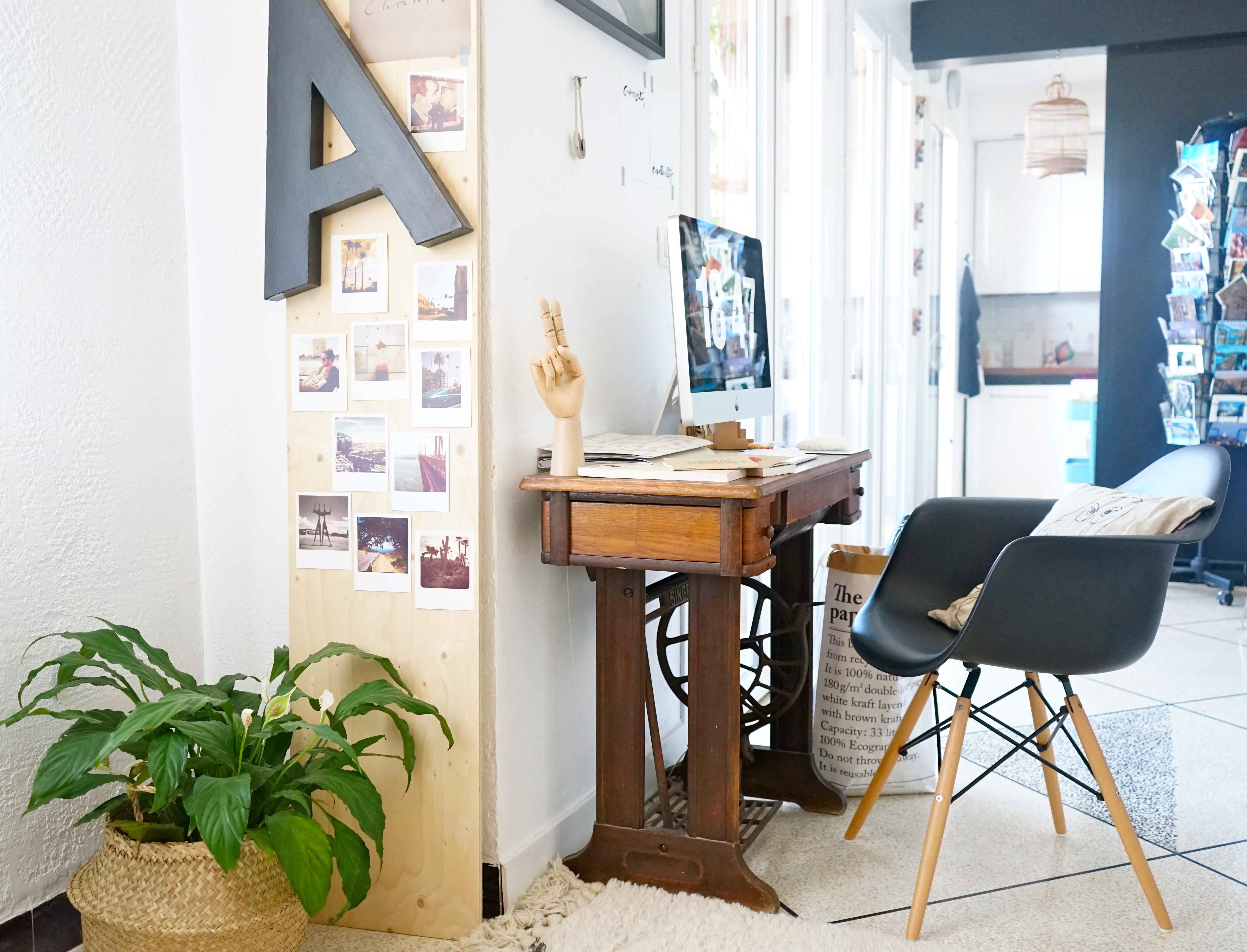 Chez moi mon coin bureau et des id es pour int grer un espace de travail d - Bureau dans le salon ...