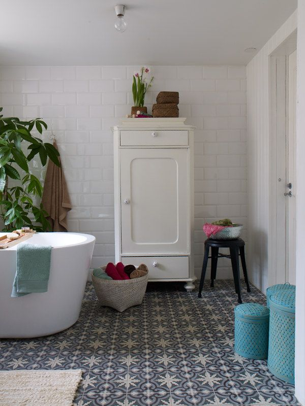 Des touches d co pour une salle de bain contemporaine - Carreaux pour salle de bain ...