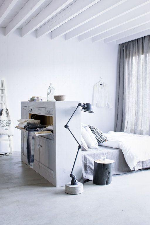 DIY-Une-tête-de-lit-multifonction