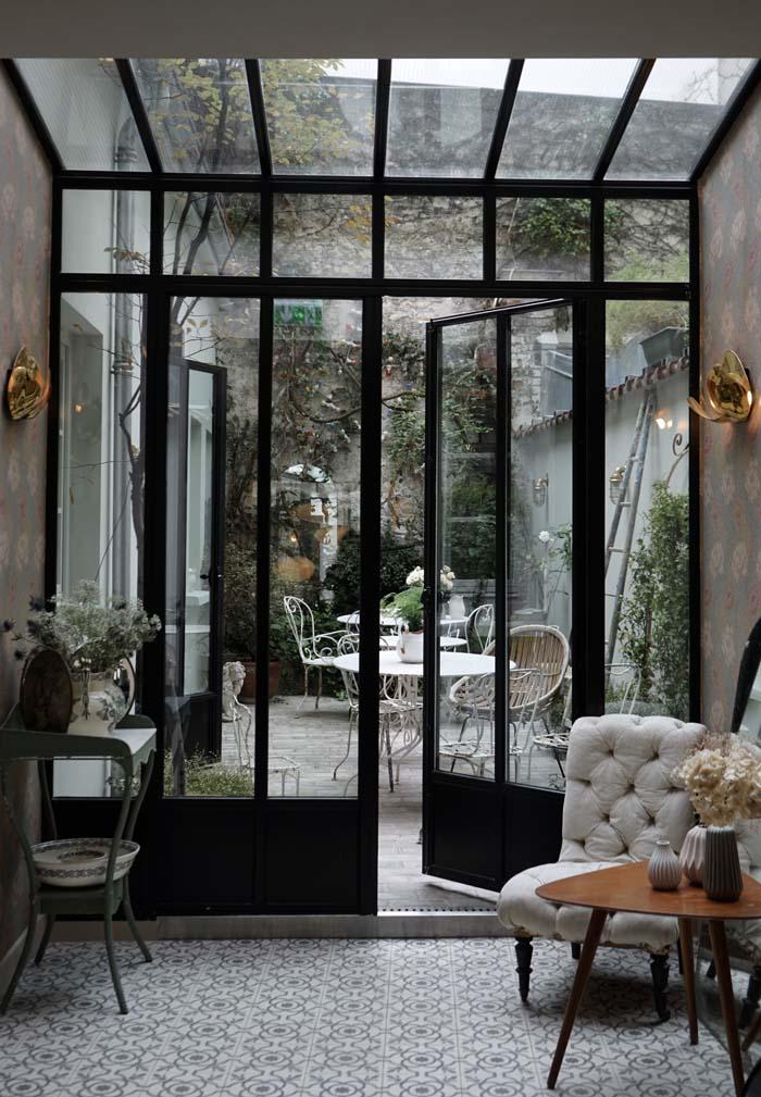Décor-bucolique-et-romantique-hôtel-henriettte-blog-DECOuvrir design