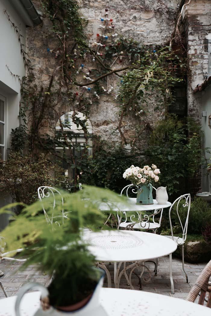 Décor-poétique-design-hôtel-henriette9