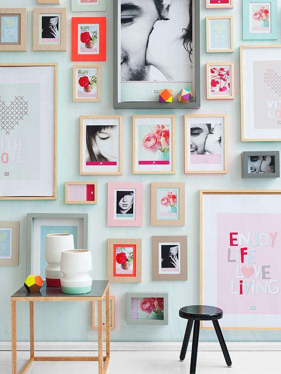 5 id es pour personnaliser la d co murale decouvrirdesign - Faire un mur de tableaux ...