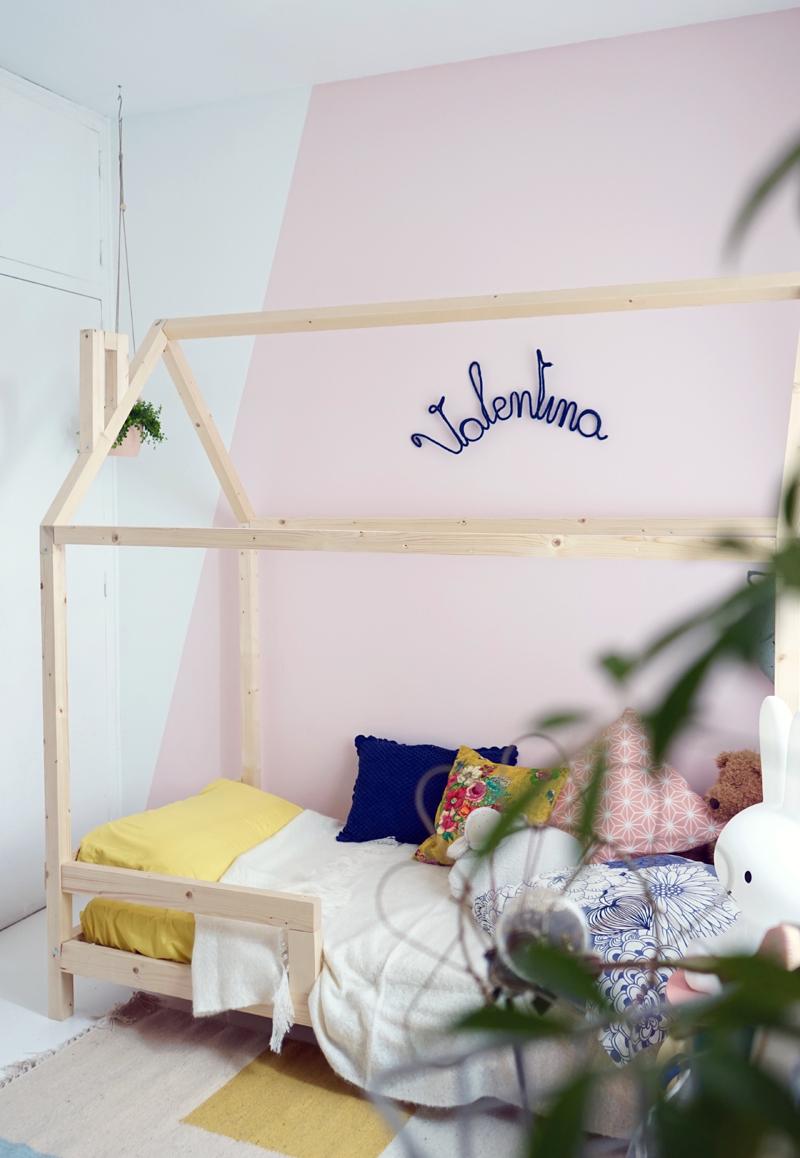 Diy un lit cabane pour une chambre d 39 enfant for Orientation du lit dans une chambre
