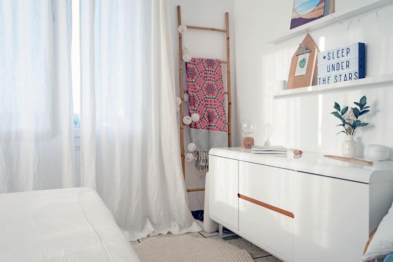 Chambre scandinave chic design de maison - Chambre style scandinave ...
