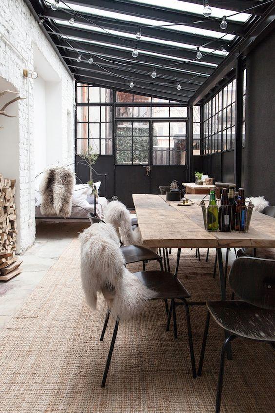 zoom sur les tables a bois