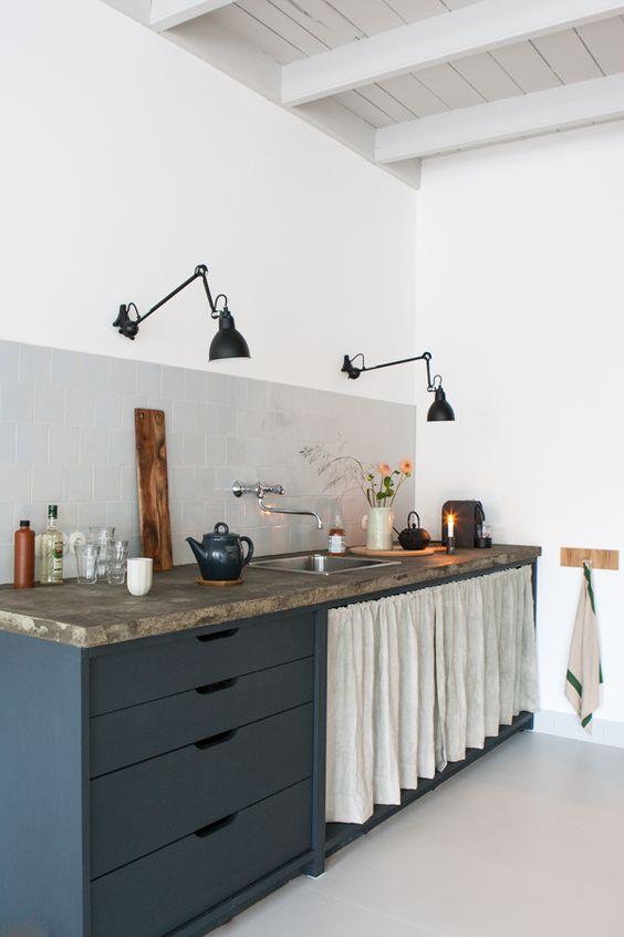 Idee Deco Cuisine Blanc Et Rouge : Une touche de couleur dans la cuisine  DecouvrirDesign