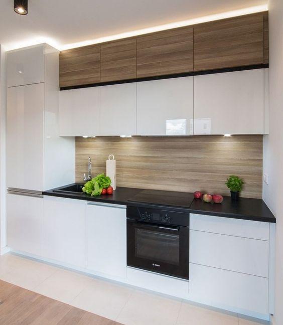 la cr dence donner un coup de jeune votre cuisine moindre frais decouvrirdesign. Black Bedroom Furniture Sets. Home Design Ideas
