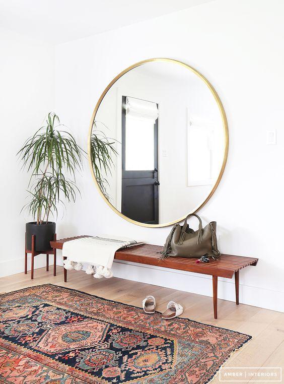 Miroir rond inspiration deco amber intériors accumulation panier mur blog decouvrir design