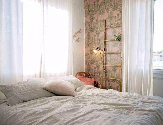 chambre_style_californien_papier_peint_cactus-1